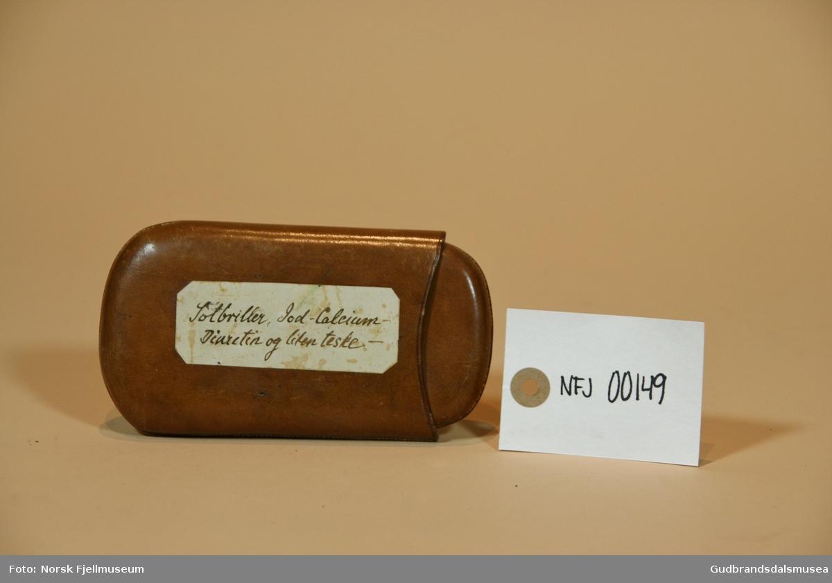 Brilleetui Gudbrandsdalsmusea AS DigitaltMuseum