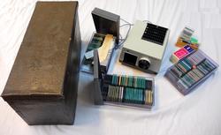 Lysbildefremviser med utstyr i boks - Lyder Kvantoland