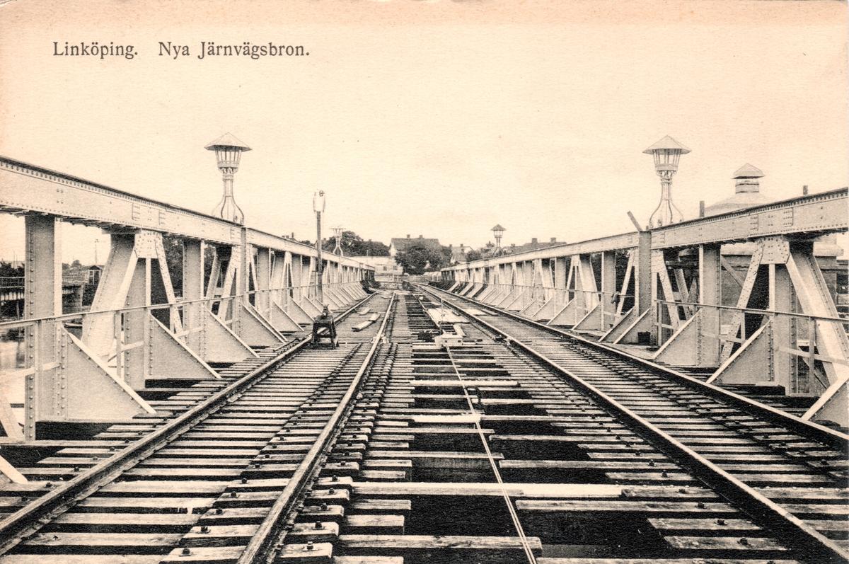 Orig. text: Linköping. Nya Järnvägsbron.