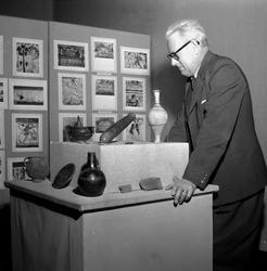 Fynd på Konsthallen.  Bertil Waldén. Januari 1956.