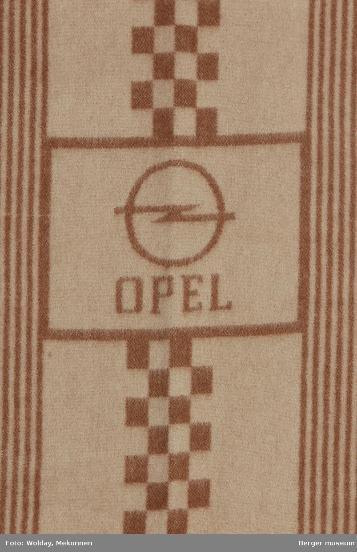 Setetrekk med lomme for seterygg påsydd lomme med strikk Striper og kvadrater Logo Opel (symbol og tekst)
