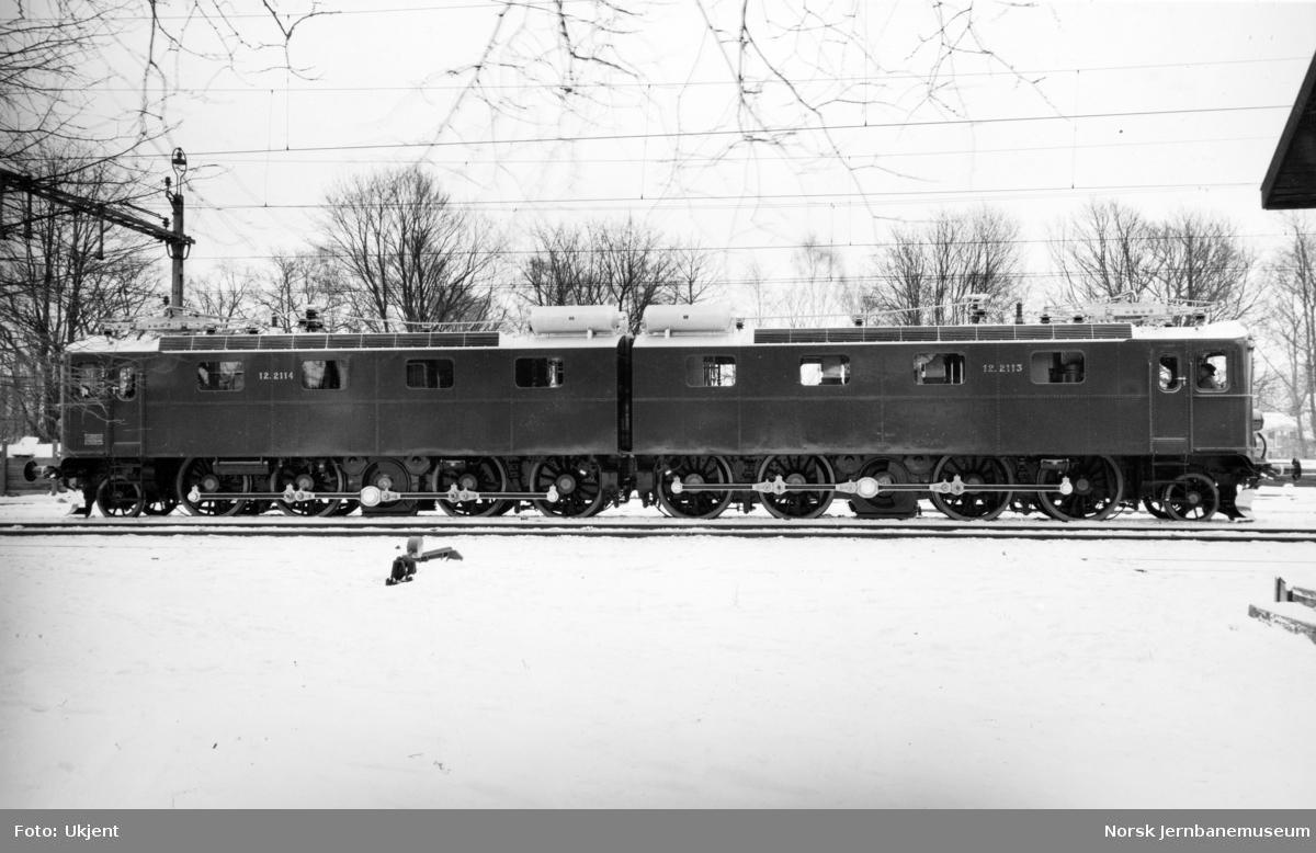 Elektrisk lokomotiv El 12.2113/2114 som nytt