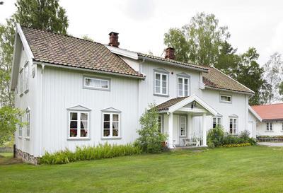 Kinnestad_-_Aurskog-Hland_bygdetun_-_MiA_Museene_i_Akershus.jpg. Foto/Photo