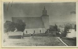 Kyrkan i Högsby före den omfattande ombyggnaden 1885.