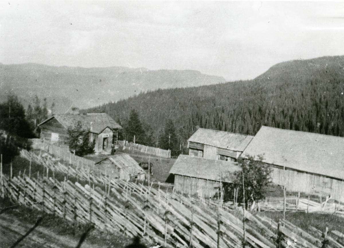 Det gamle tunet på Huse, Reinli.