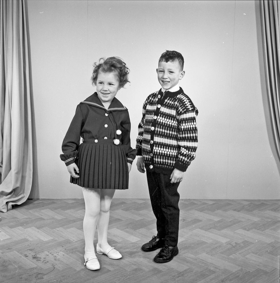 Portrett 2 barn, ung jente og ung gutt  - bestiller A. Rødseth