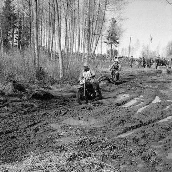 Motocross på Dala-banan, Lundsbrunn, 17/4 1955.