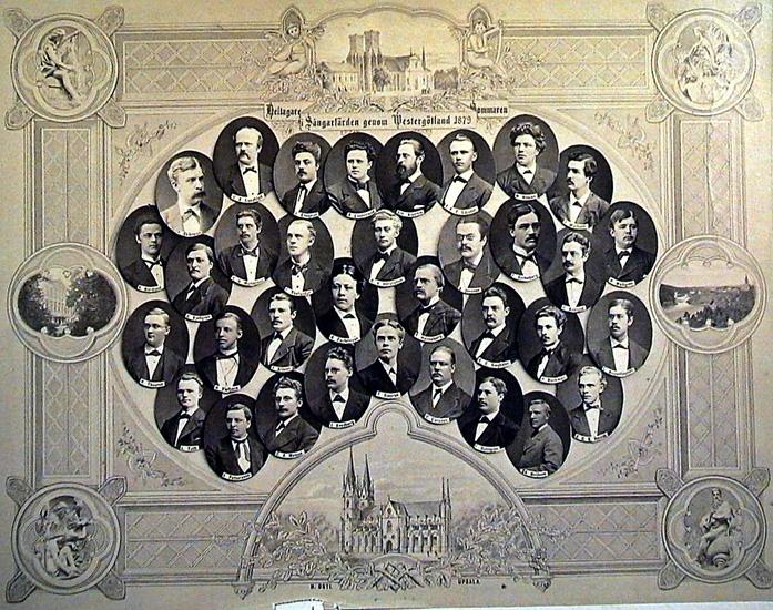 Bildtext: Deltagare i Sångarfärden genom Westergötland sommaren 1879. C.E. Lundblad, A. Elmqvist, A. Lindstrand, Alfr. Alström, J.F.C. Liljedal, M. Nilman,  R. Warholm, V. Skårman, A. Nordlund, K. Kjellgren, A.S. Mortonson, F. Thelander,  G.V. Hörstadius, A. Jonsson, F. Strömberg, H. Asklund, H. Wallgren, K. Theorell,  H. Klefbeck, J. Aldeen, G. Zachrisson, T. Hasselberg, E.C. Siegbahn, H. Beckman,  L. Augustinsson, L. Tofft, V. Pettersson, C.A. Mebius, J. Svedberg, T. Sjögren, C. Larsson, F. Dahlgren, A. Beijbom, B.G.S. Jonzon.