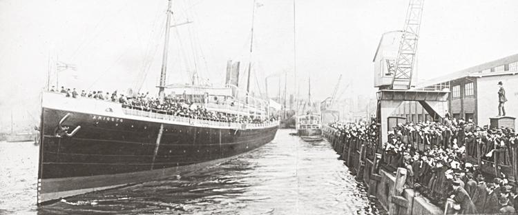 Namn på båten: Ariosto.