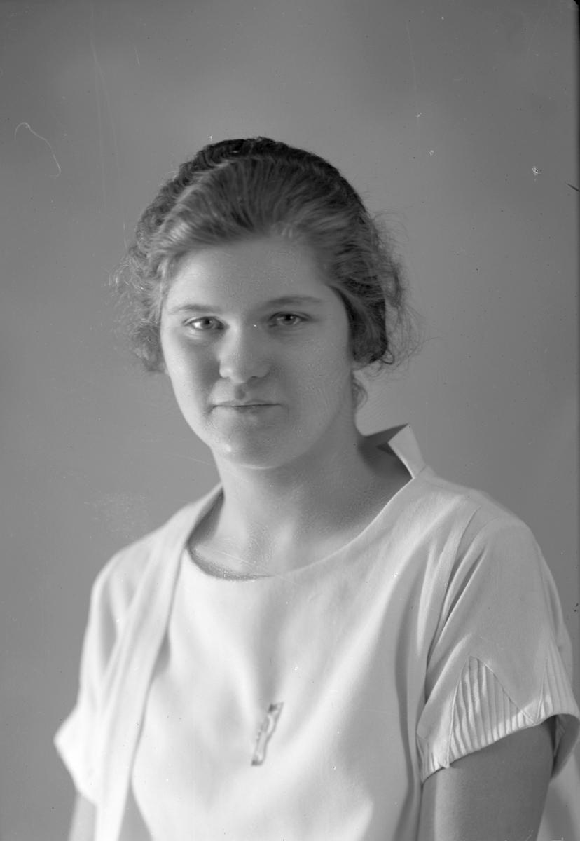 Marianne Berg. Gävle Sparbank, Bankdirektör Berg