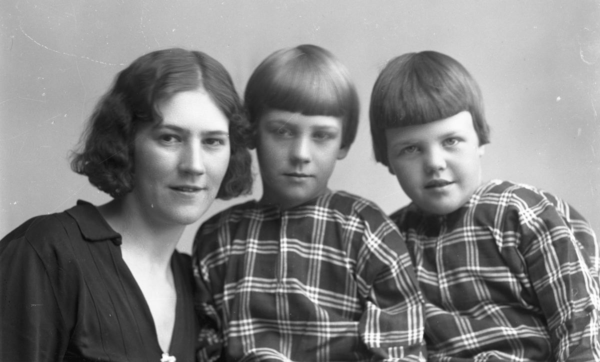 Mor och barnen Johansson, Lervik