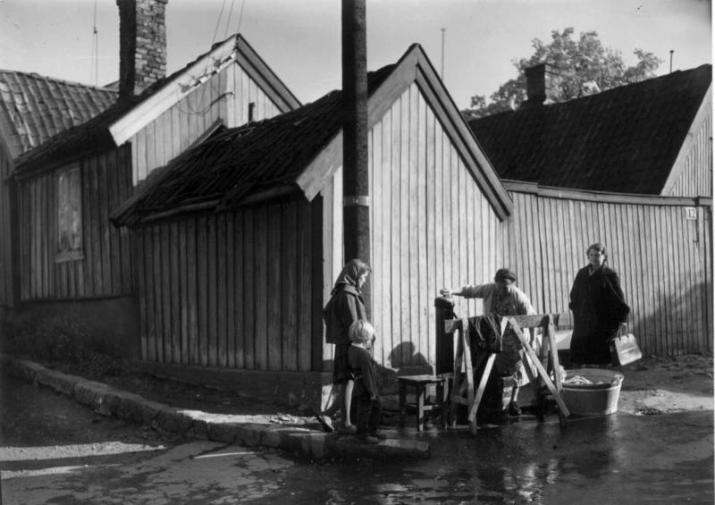 Klesvask på Enerhaugen.