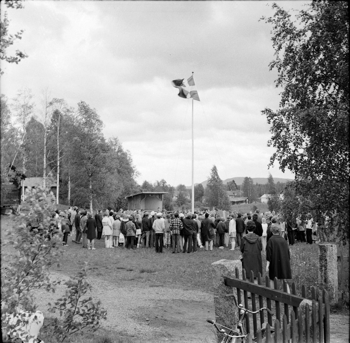 Blomqvist C.A.Kontraktsprost, I kyrkan, Arbrå, Augusti
