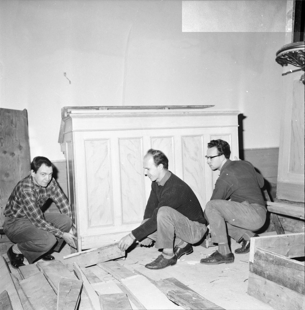 Bollnäs kyrka, Läktar ombyggnad, 7 Nov. 1962