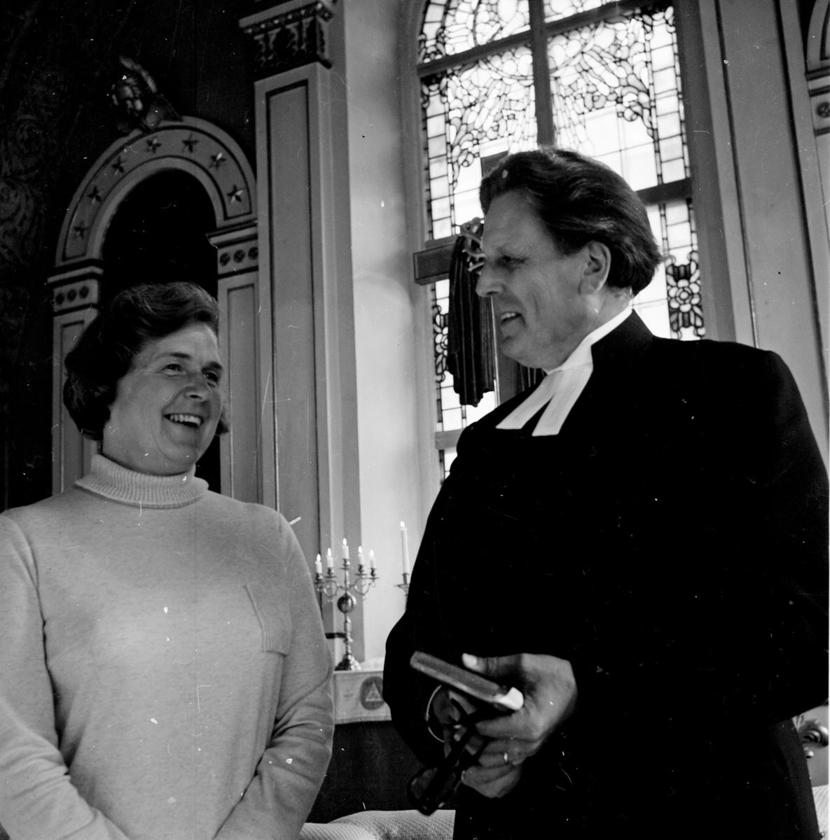 Arbrå, Fru Jonäng i kyrkan, Okt 1970