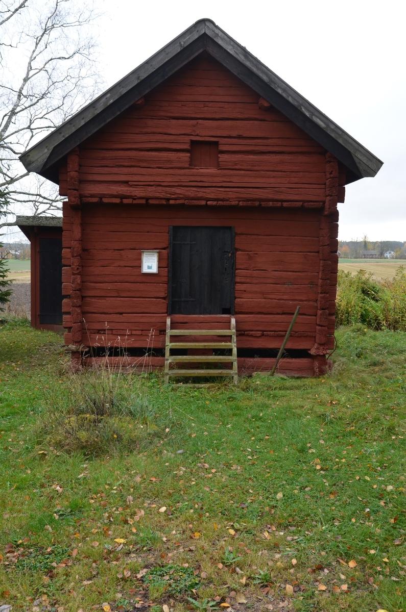 Ravastboden vid Huddunge hembygdsgård, Prästgården 1:1, Huddunge socken, Heby kommun, Uppsala län 2014
