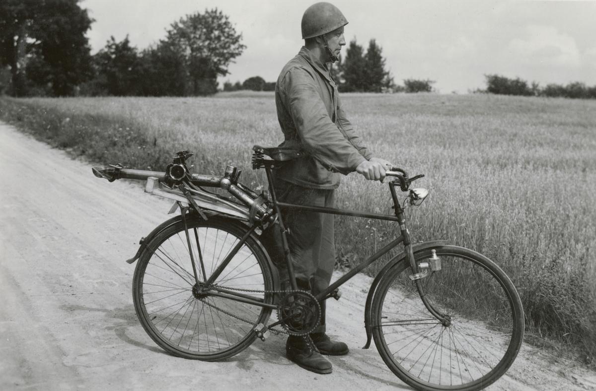 Försök cykeltransport av kulspruta, Sannahed 1941.