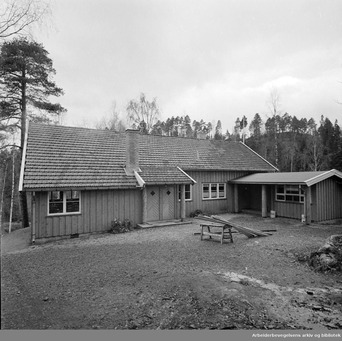 Rustadsaga. Rustadsaga serveringssted. November 1959