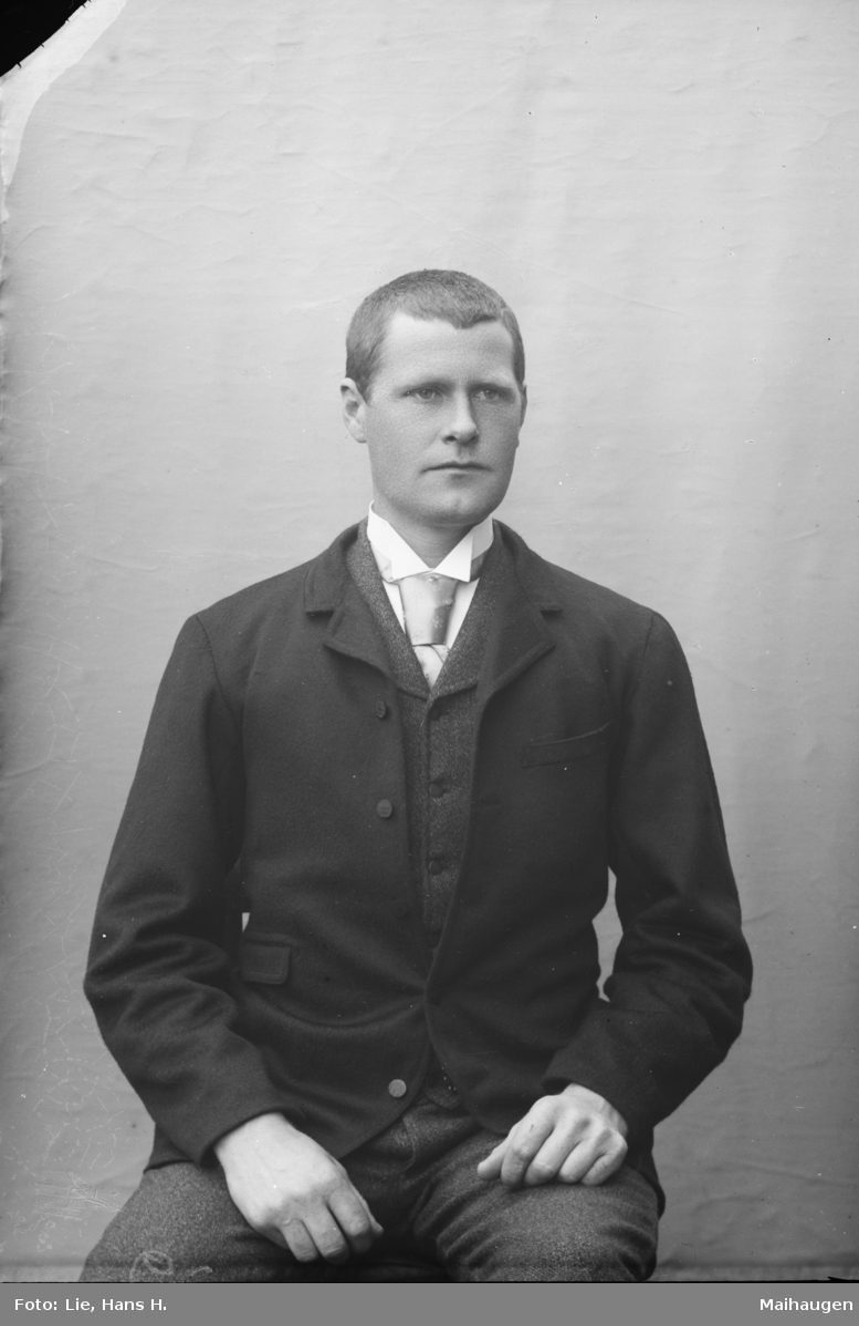 Portrett,  J. Faugstad (Faukstad), antageligvis fra Faugstad søre i Heidal