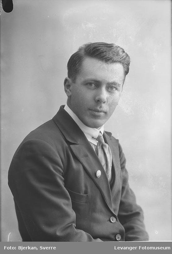 Portrett av Arthur Næverlid
