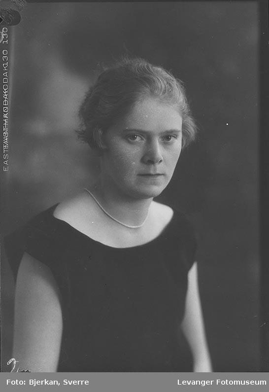 Portrett av Åsta Pedersen