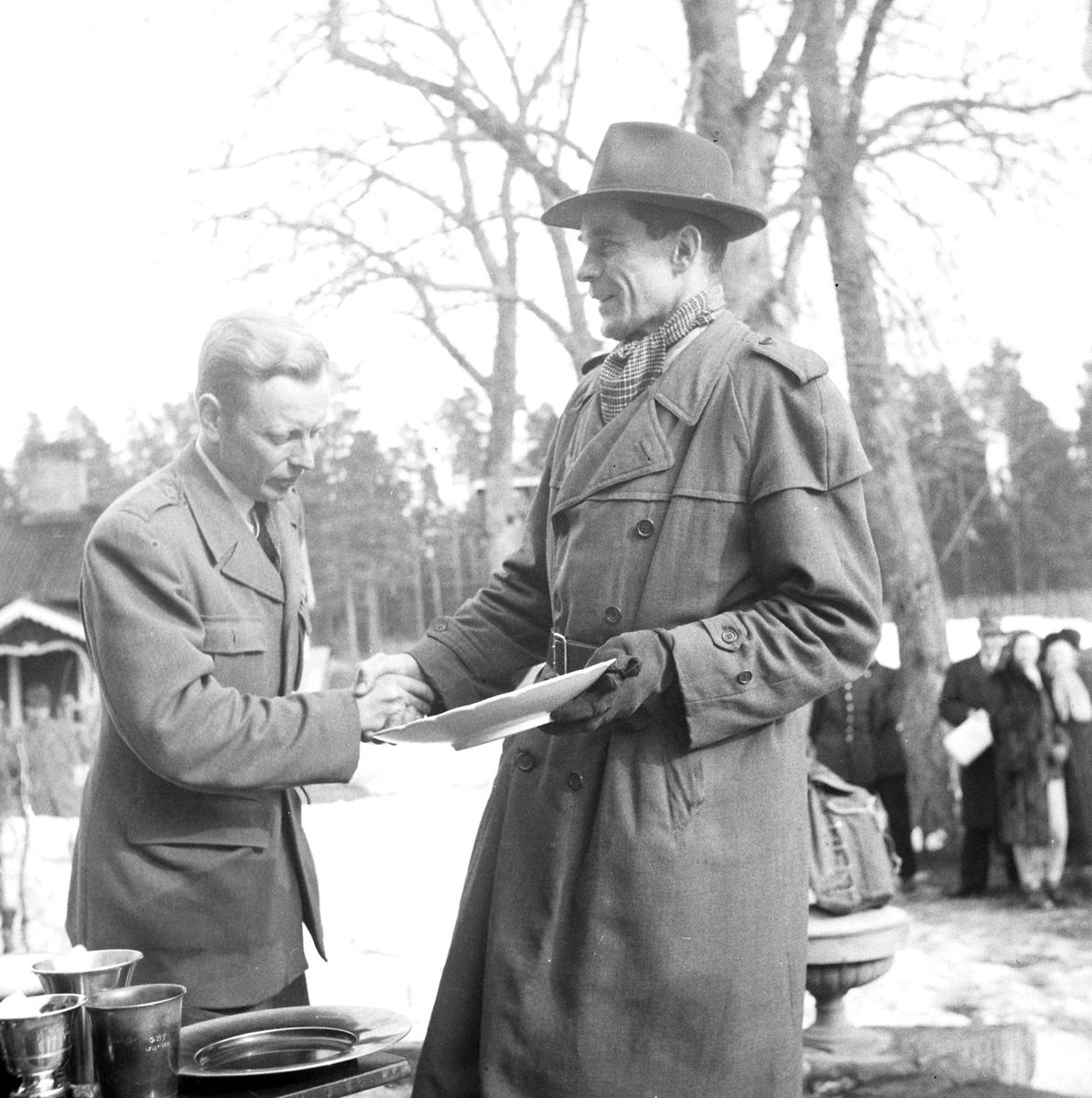Frivilliga Befälsutbildningsförbundets 40 årsjubileum. 15 april 1951. Skyttetävlingar.