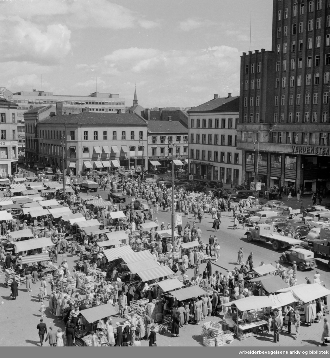 Youngstorget. August 1947
