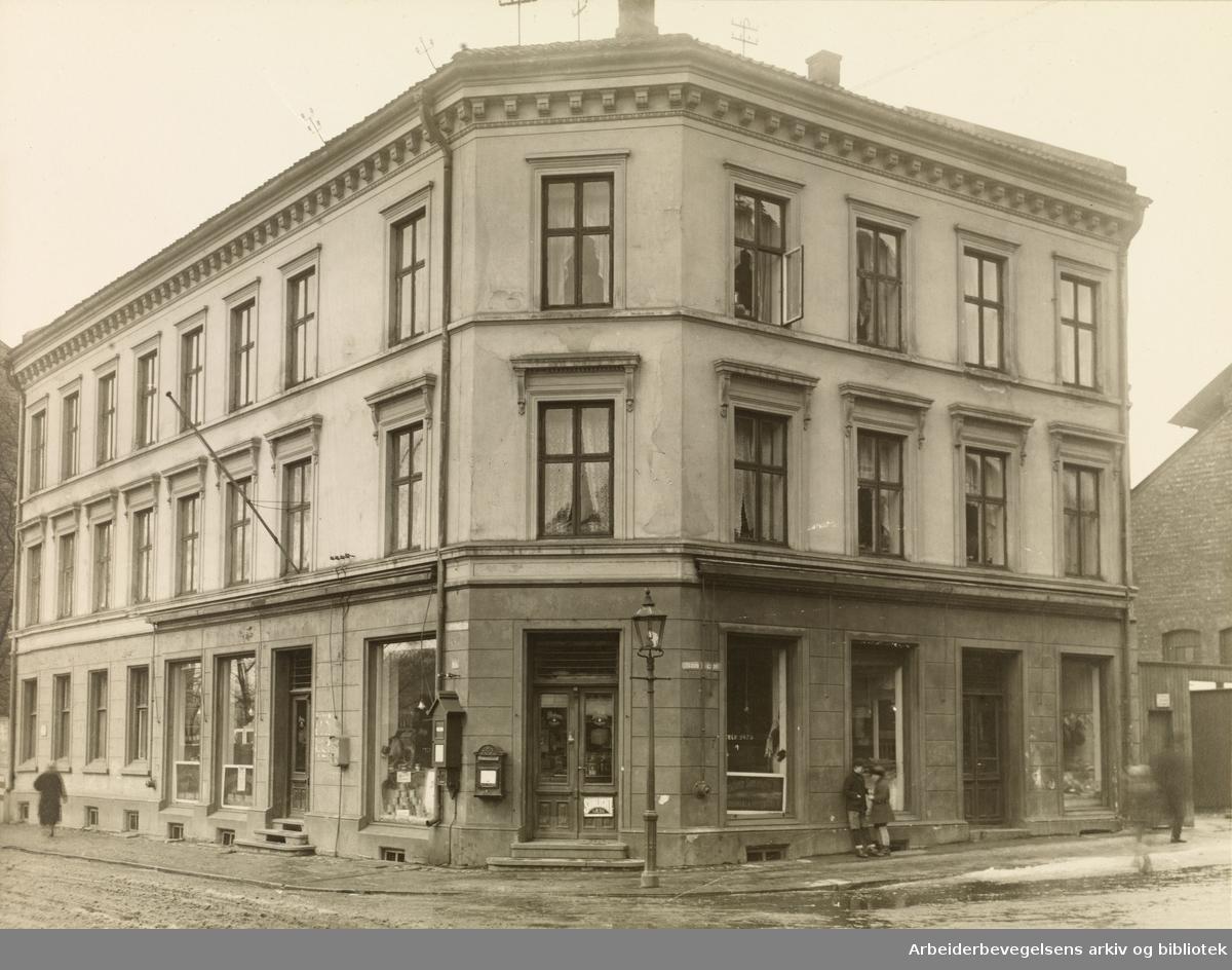 Christiania Samvirkelag på hjørnet av Åkebergveien og Sverres gade, ca. 1920.