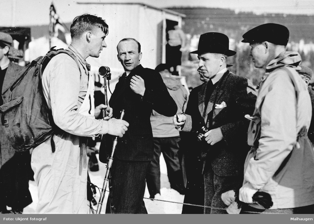 Repro, Birkebeinerrennet 1936, Oskar Gjøslien, med sekk, vant rennet Registrator: Ola T. Rybakken.