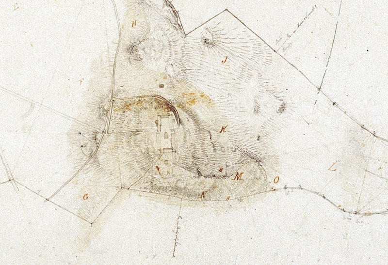 «Kart over Gaarden Ringves i Strinde Prosti geometrisk opmaalt i September 1853 af A. Holm» (Utsnitt) Her ser vi tydelig at det ligger en smal lån i tunets sørvestre hjørne.». Foto: Ringve Musikkmuseum (Foto/Photo)