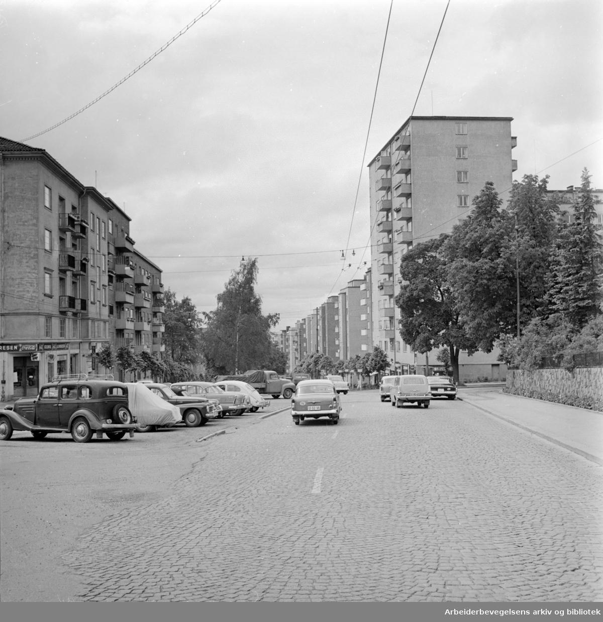 Kirkeveien. Juli 1962