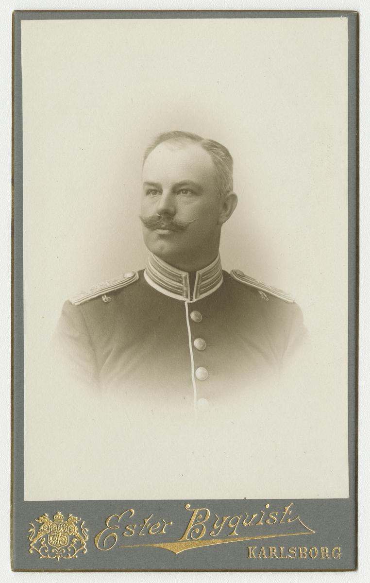 Porträtt av Carl Gustaf David von Schulzenheim, kapten vid Livregementet till fot I 3.