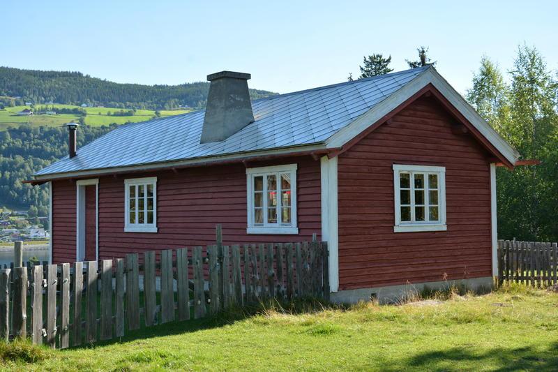 STØLEN: Museet har eit flott stølsområde på toppen av Storøya. Her står stølshus frå 1700-talet og Tvengestølen frå 1948. Her har det vore budeier på sommarjobb sidan 1960-talet.