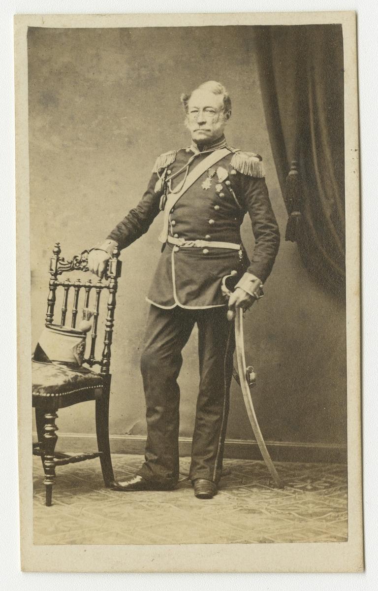 Porträtt av Gudmund Fredrik Löwenhjelm, major vid Skånska dragonregementet K 6.