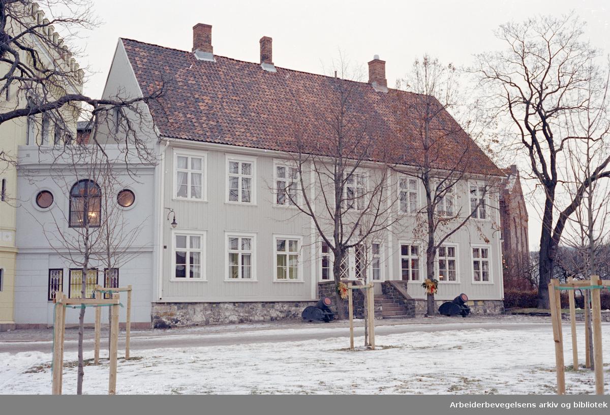Akershus Festning. Kommandantboligen. Januar 1996