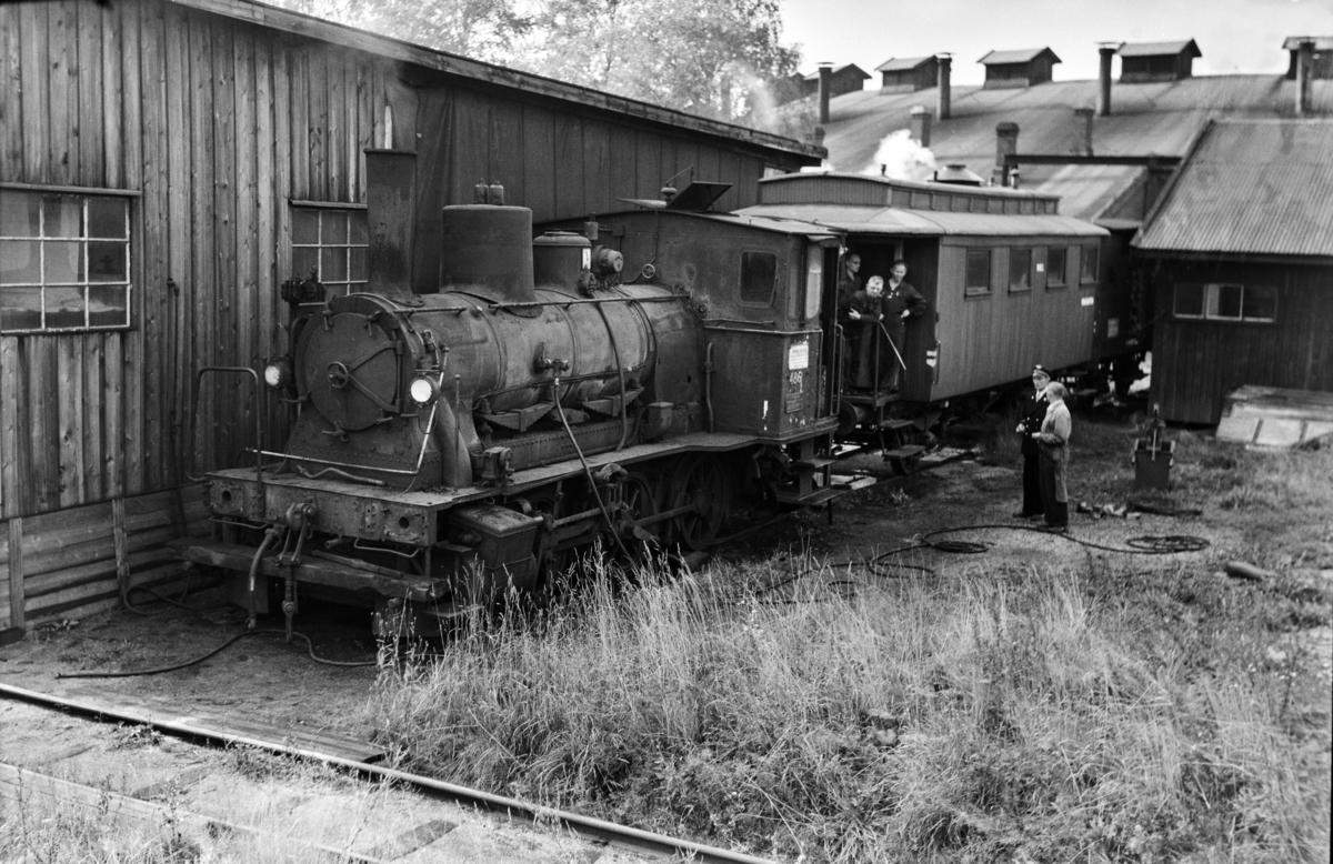 Utrangert damplokomotiv type 25e nr. 486 på Sundland ved Drammen.