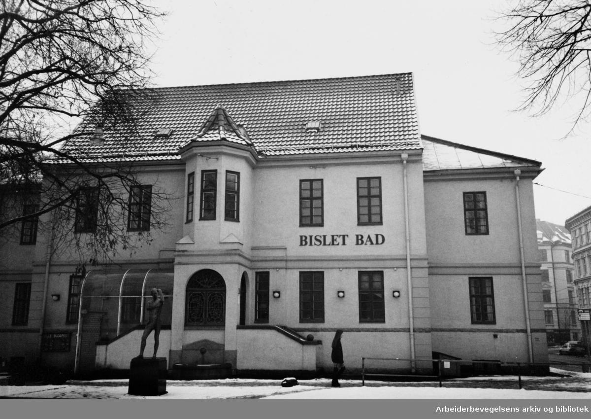 Bislett Bad. Mars 1991