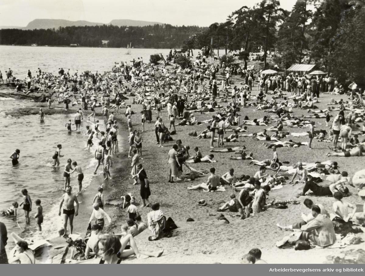 Bygdøy, Paradisbukta. Juli 1949