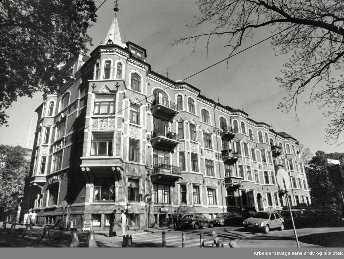 Drammensveien 44. 1983 - 1993