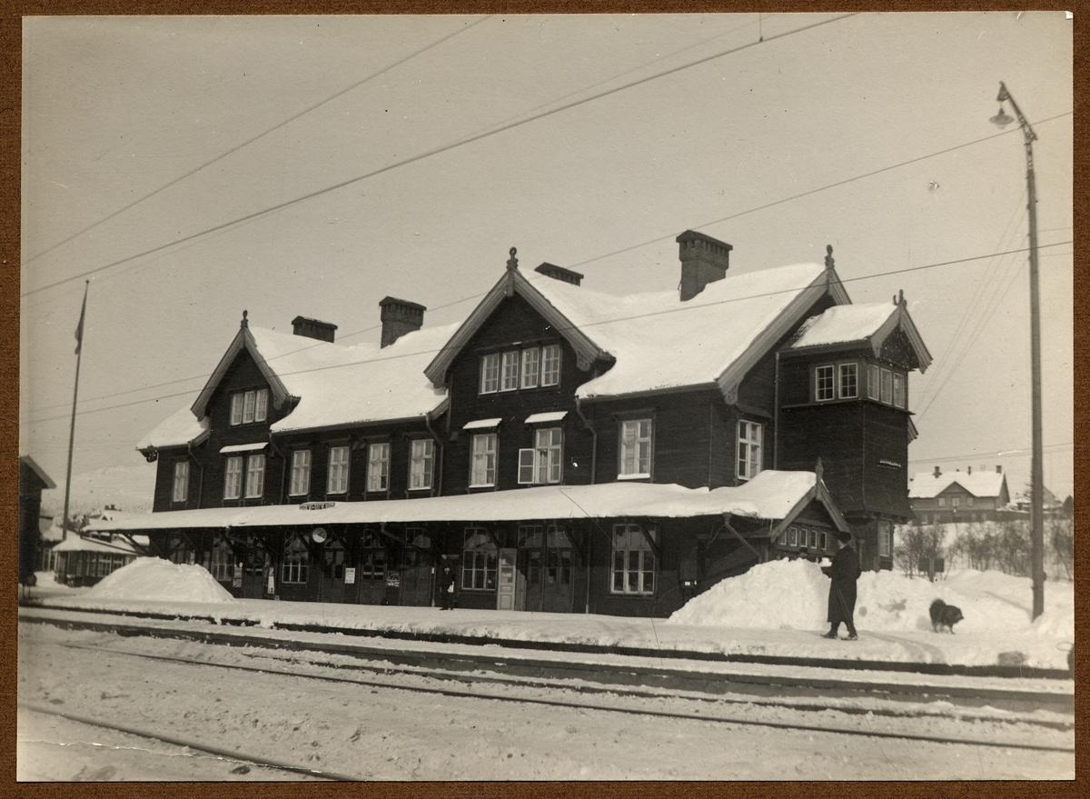 Stationshuset i Kiruna som nedbrann 1915-04-26.