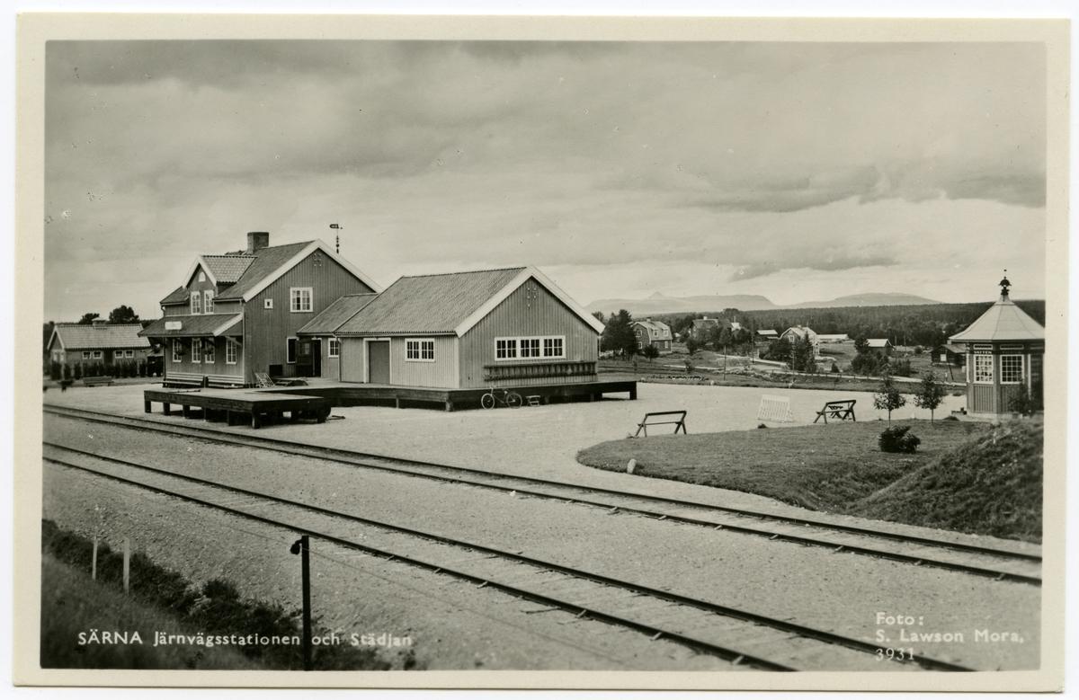 Järnvägsstationen och Städjan i Särna.