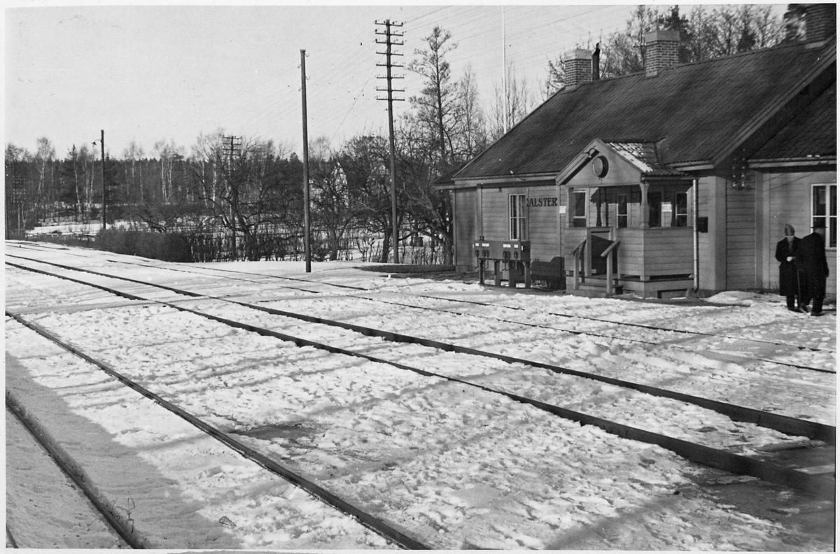 Alster station.