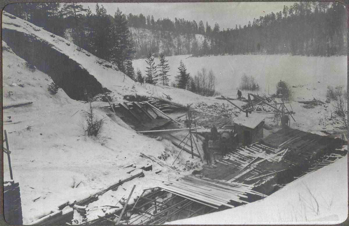 Bankfyllnad mars 1922 vid Gladabäcken, Gladaberg.