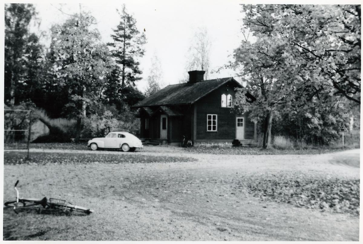 """""""Tvättstugan"""" vid Forsbacka station."""