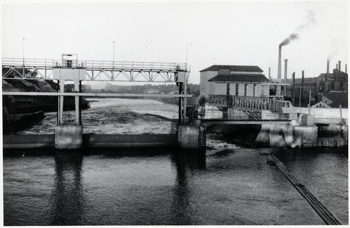 Vattenkraftverk.