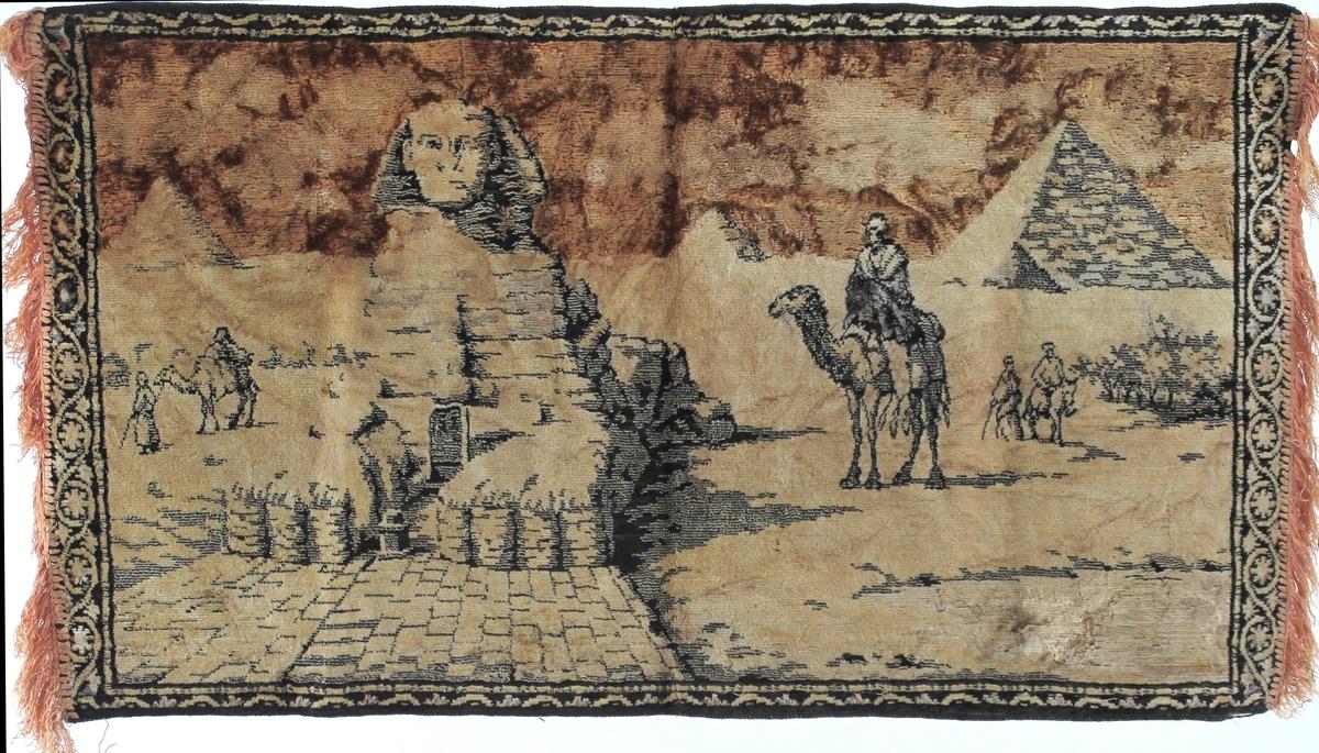 Sfinxen i Egypt, pyramide, kameler m.ryttere,ørken