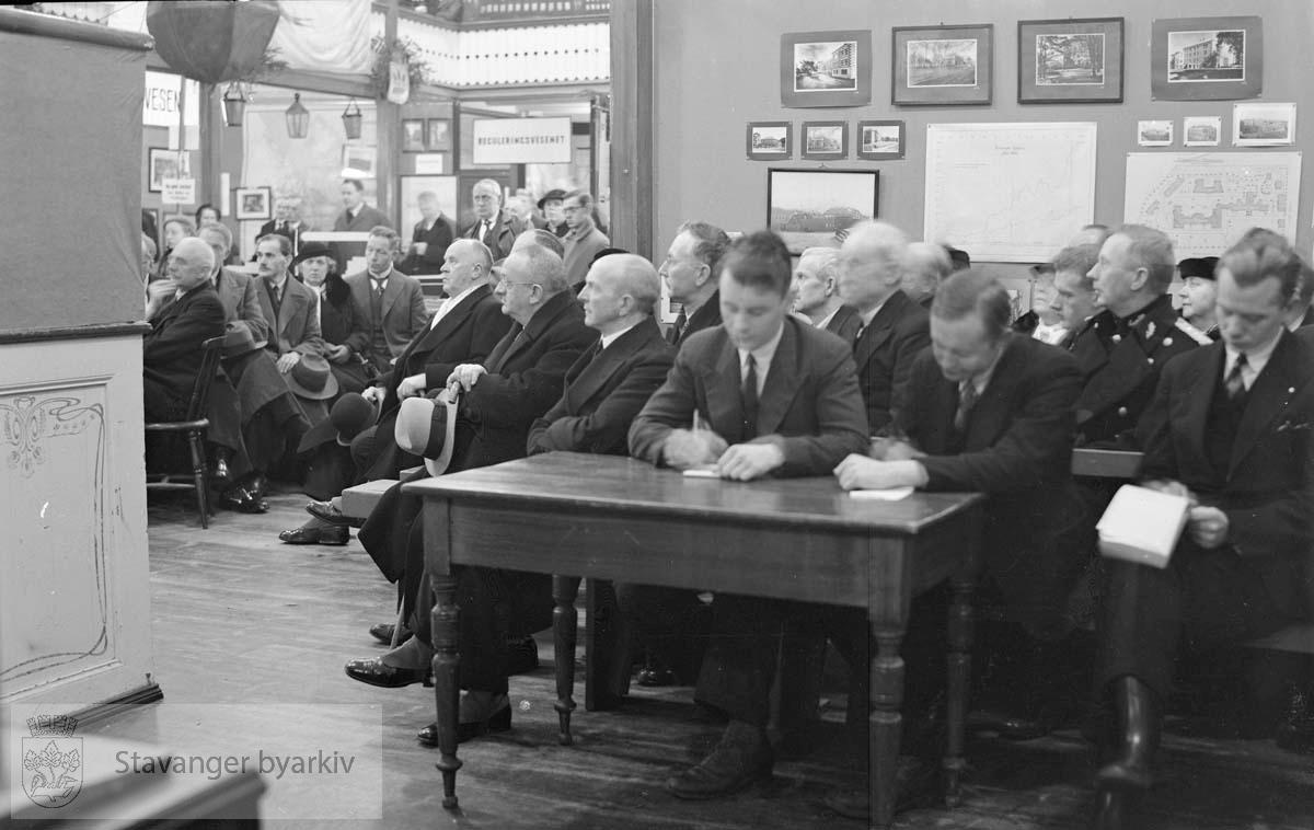 100-årsjubileet for kommunalt selvstyre. Fra Bethania.