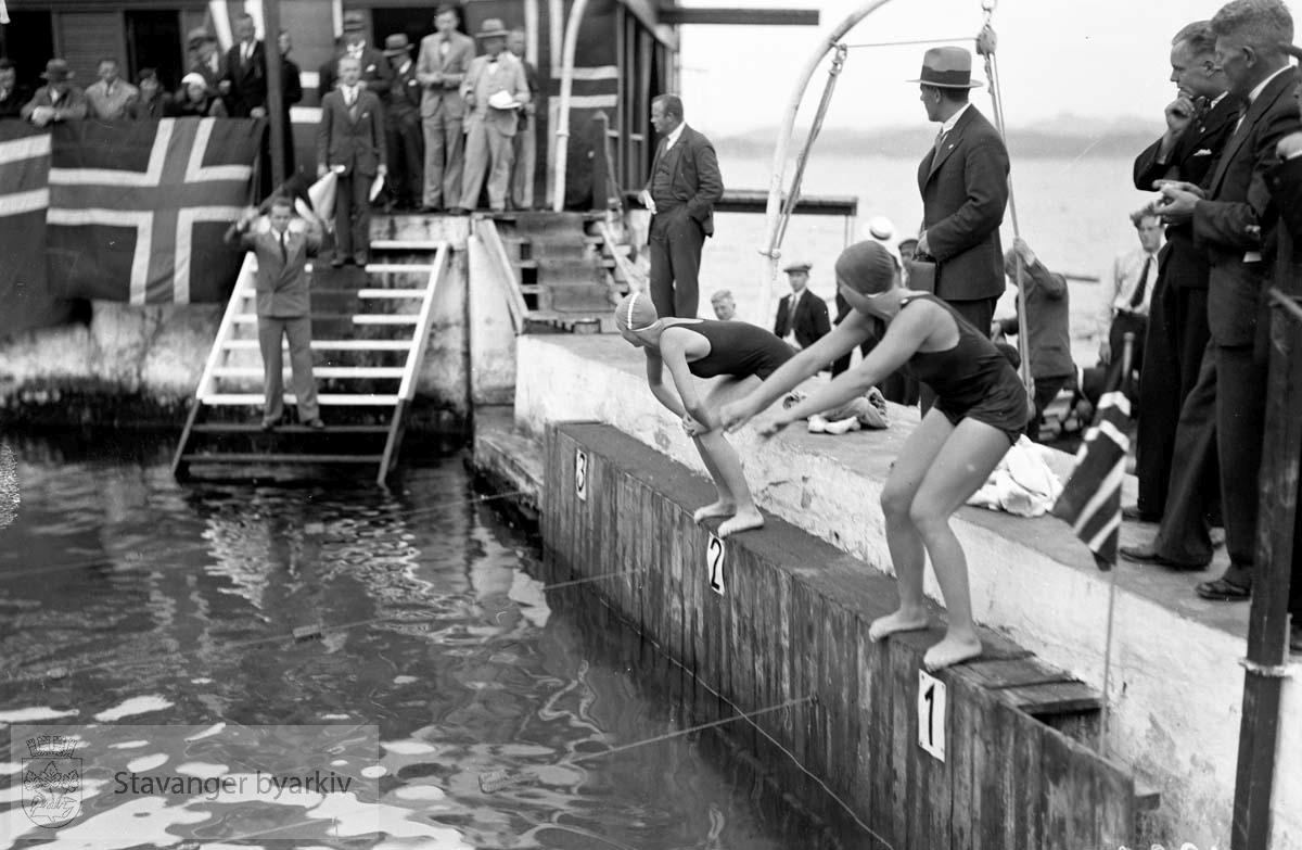 Svømmestevne i Strømvik .Strømvig bad / Strømvik bad