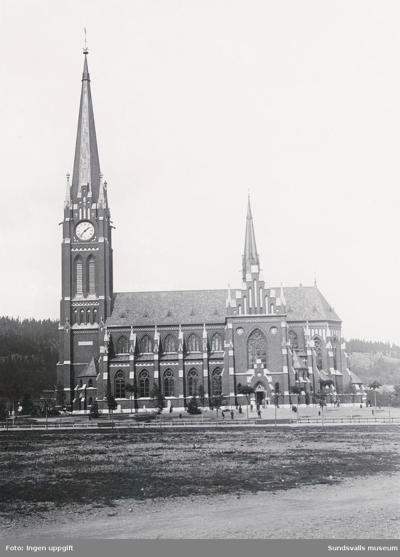 Den nybyggda Gustav Adolf kyrka tagen mot norr. Kyrkan invigdes 1894, ritad av Gustaf Hermansson.