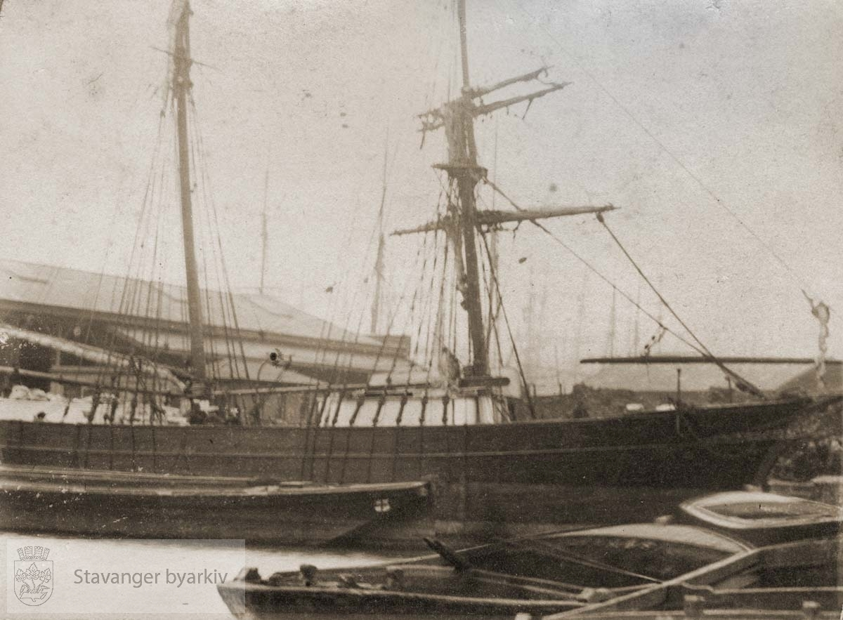 West India Dock .....Seilbåt.Seilskute.Seilskip